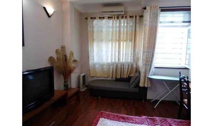 Cho thuê căn hộ 60m2 phố Phan Bội Châu-Hoàn Kiếm
