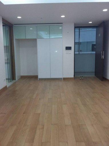 Cho thuê căn hộ chung cư VOV Mễ Trì, 75 m2, 2 phòng ngủ, đồ cơ bản giá 8.5 triệu/ tháng