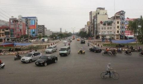 Bán gấp nhà Nguyễn Khánh Toàn, 116m2 Ôtô tránh, kinh doanh sầm uất 18,7tỷ