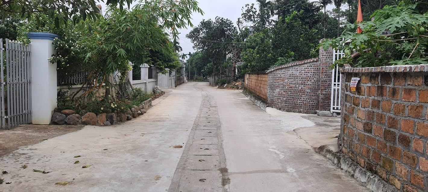 Bán khuôn viên nghỉ dưỡng cực đẹp tại Thủy Xuân Tiên, Chương Mỹ diện tích 350m2