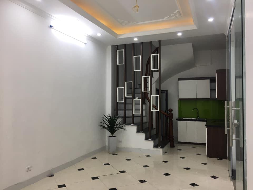 Bán gấp nhà Hoàng Mai, Hà Nội, 47m2x5T, Giá nhỉnh 3 tỷ, cách mặt phố chỉ 50m